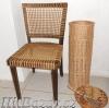 Stará židle proplétaná lýkem