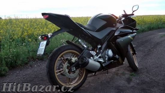 Yamaha YZF-R125 - 5
