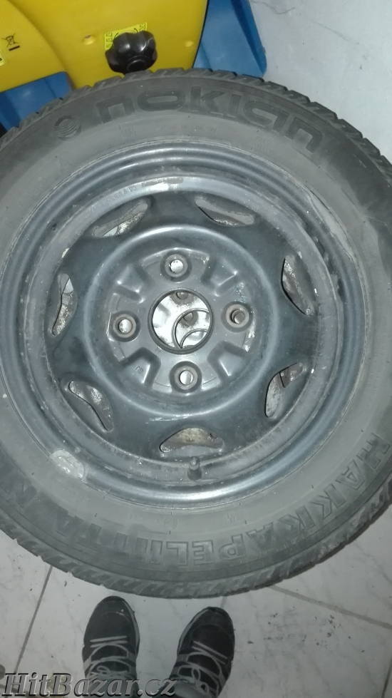 Prodám zimní pneumatiky s disky 4ks - 4
